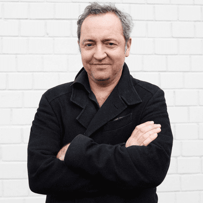 """Vis à vis - Rainald Grebe: """"Ich bin historisch und das fühlt sich auch so an"""""""