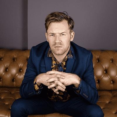 Wertvolle Stunden - Schauspieler Nico Holonics - Über Projektionsflächen, Routine  und Privatsphären