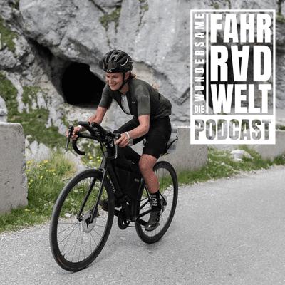 Die Wundersame Fahrradwelt - Jana Kesenheimer - die schnellste Frau beim Three Peaks Bike Race 2021 über Emotionale Ziele und Wildschweine