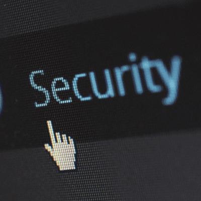 Der Podcast zur IT-Sicherheit - #001 Security-Talk mit Datenschutzspezialistin Ina Schöne