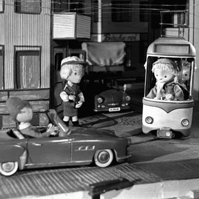 Vis à vis - Welche Heldengeschichten gibt es aus der DDR, Frau Storz?