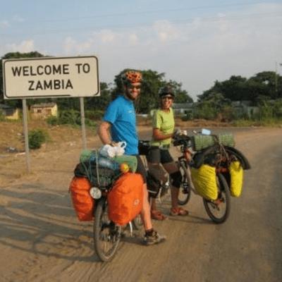 Un Gran Viaje - 2 años y 7 meses pedaleando por África, Asia y Europa, con Zaida Peris e Isi Juvé |2